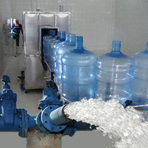 Equipos para tratamientos de aguas, resinas y procesos